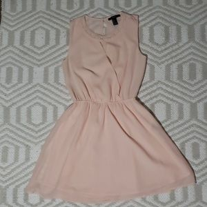 Forever 21 pink dress size small